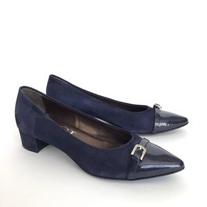 AGL belted block heel pointy toe navy leather 7.5